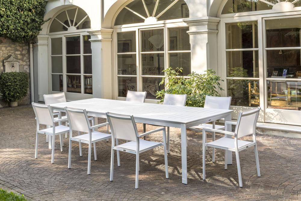 Telai Per Tavoli Allungabili.Tavolo Allungabile Erica Con Telaio E Piano In Alluminio E Apertura